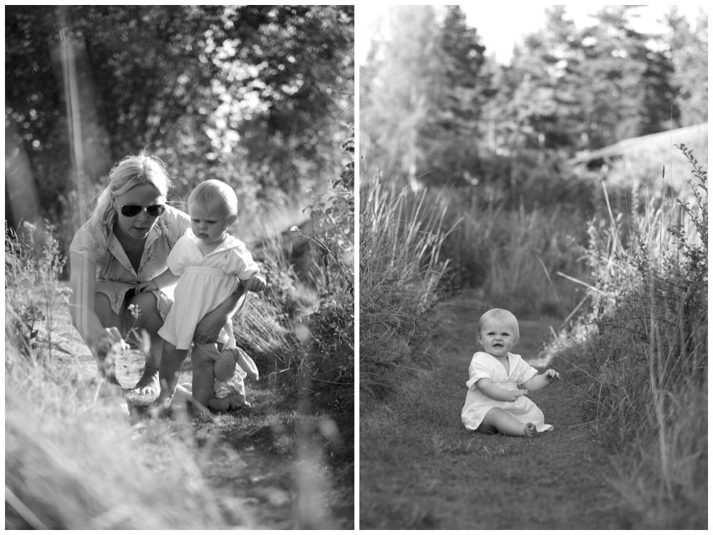 Barnfotografering utomhus Fotograf Erika Aminoff leker fram fina bilder med barnen. Fotograf Täby, Danderyd, Lidingö