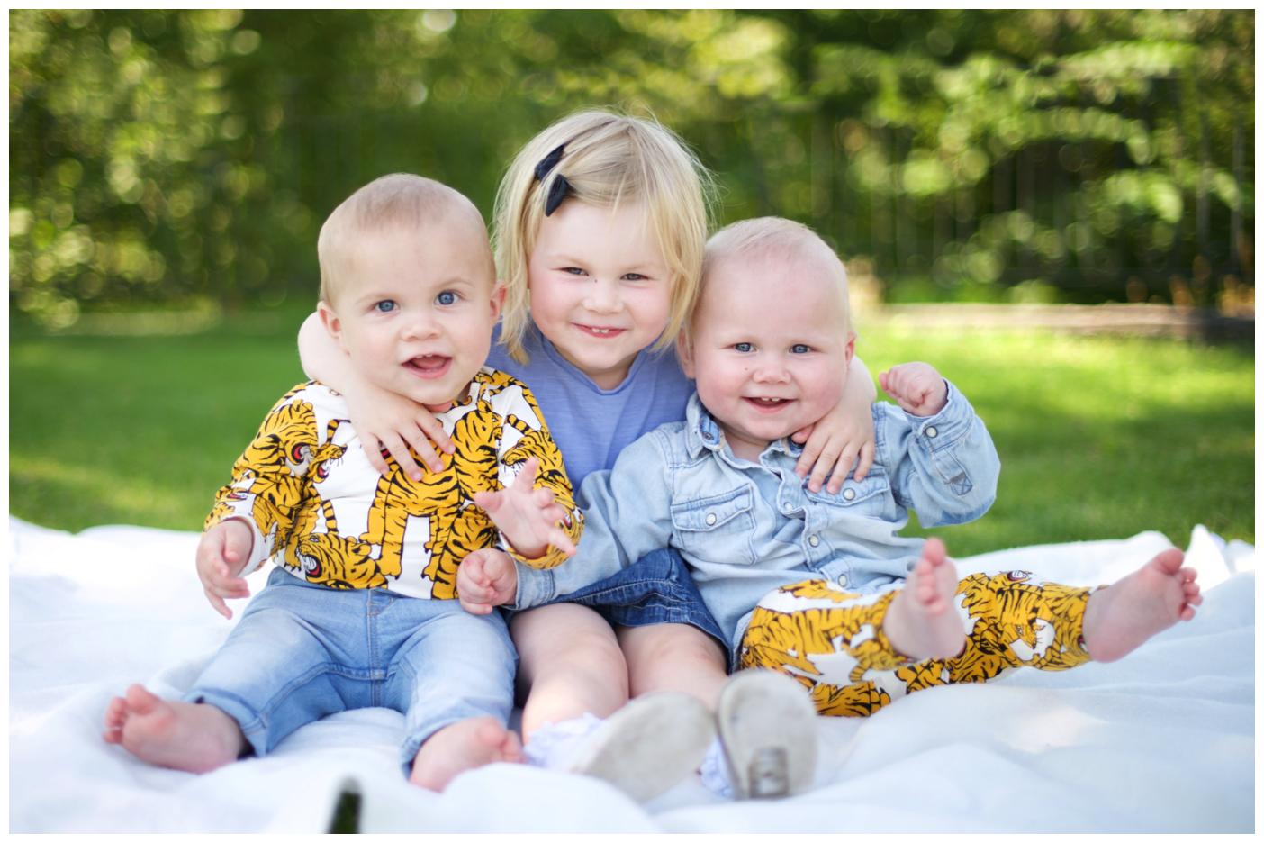 Hemma-hos familjefotografering i Bromma med fotograf Erika Aminoff
