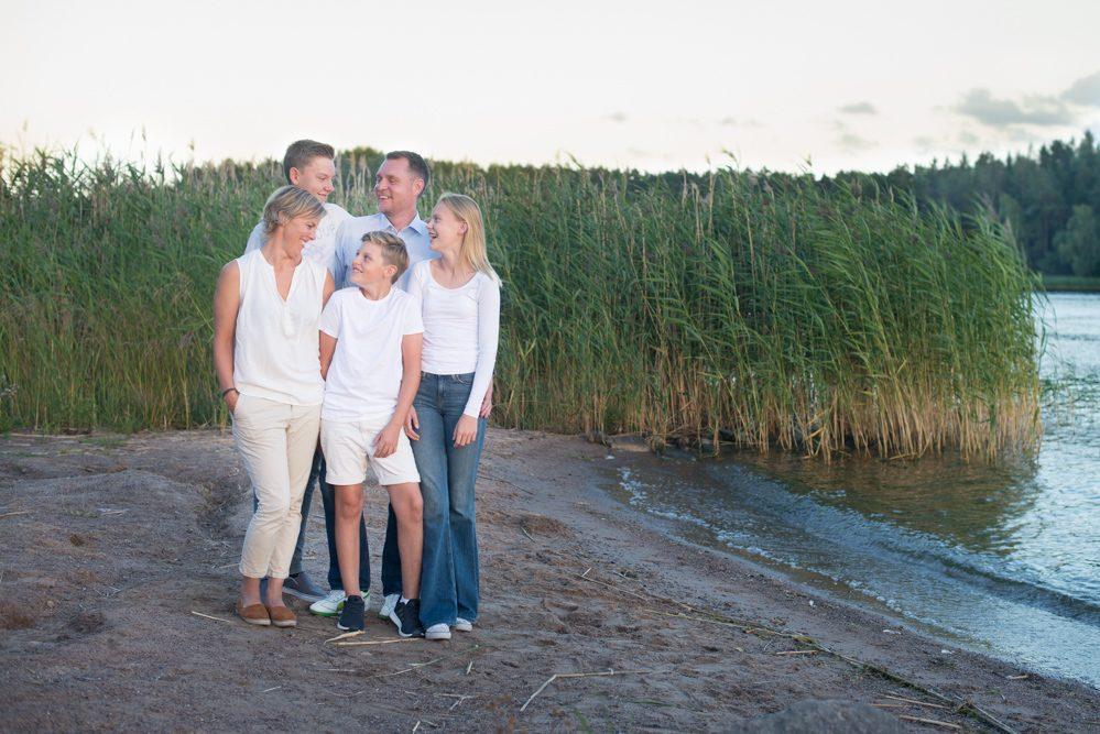 Familjefotografering_Vaxholm_Täby_Danderyd_Lidingö_ErikaAminoff